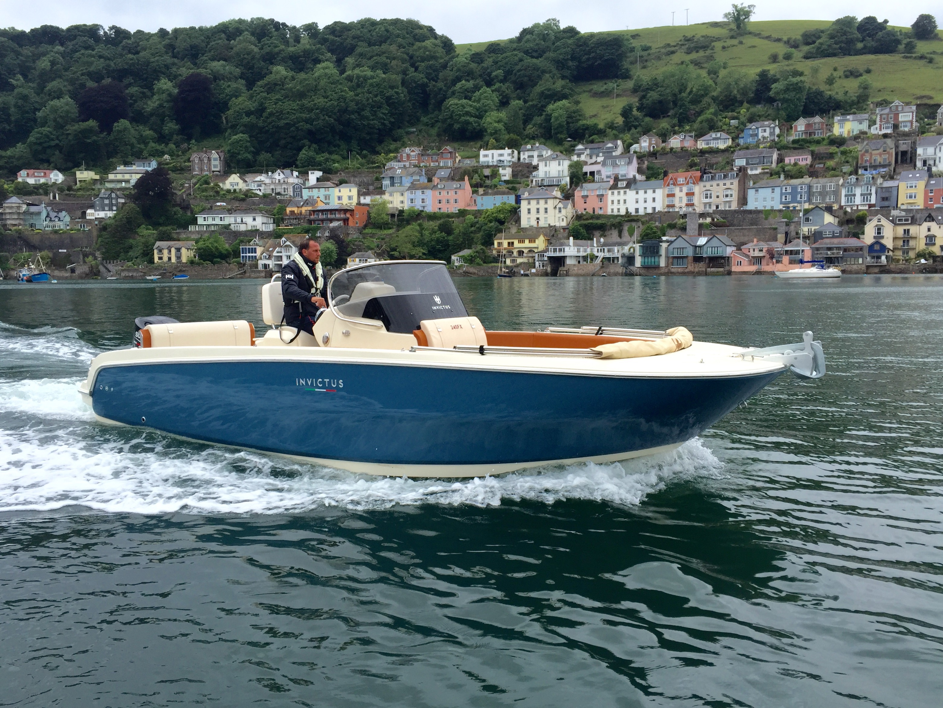 Invictus 240FX on Photo shoot in Dartmouth for MBY